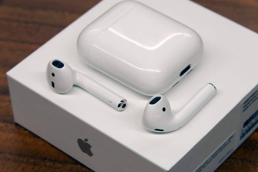 apple-airpods digitaltrends